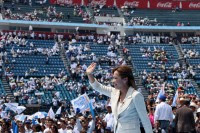 El mitin de Vázquez Mota en el estadio Azul. Desolación. Foto: Eduardo Miranda