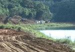 Obras da Sabesp na represa. (Foto: Reprodução/TV Vanguarda)