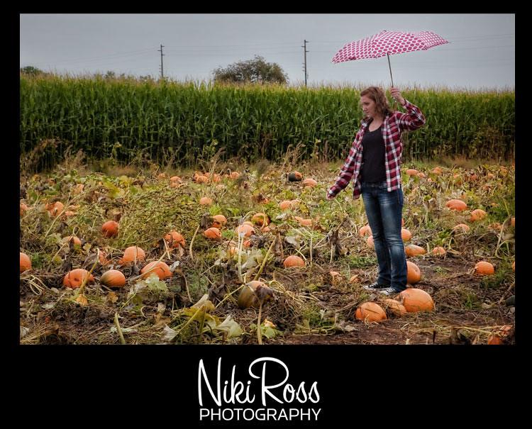 model-pumpkin-umbrella
