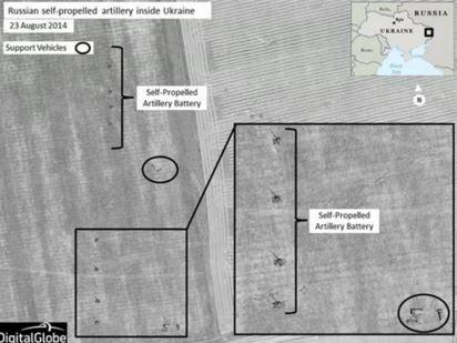 Ρωσικές μονάδες πυροβολικού έχουν λάβει θέσεις κοντά στο Krasnodon. Υποστηρίζονται από οχήματα που προφανώς μεταφέρουν επιπλέον πυρομαχικά και εξοπλισμόsupplies. Η εινόνα αποδεικνύει ότι δεν πρόκειται για έμπειρους καλά εκπαιδευμένους στρατιωτικούς ξηράς που γνωρίζουν πως να οργανώσουν τις θέσεις τους. Άρα δεν είναι οι ανεκπαίδευτοι ερασιτέχνες αυτονομιστές. Τέτοια ρωσικά πυροβολικά συστήματα πρόσφατα χτύπησαν θέσεις του ουκρανικού στρατού στο Λουγκάνσκ για να   σπάσον την πολιορκία της πόλης.