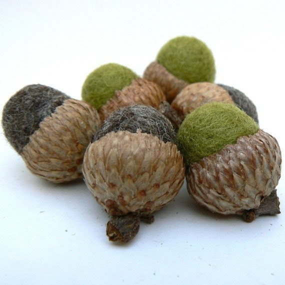 Felted Acorns, 10 Wool Felted Acorns in Woodland Colors.
