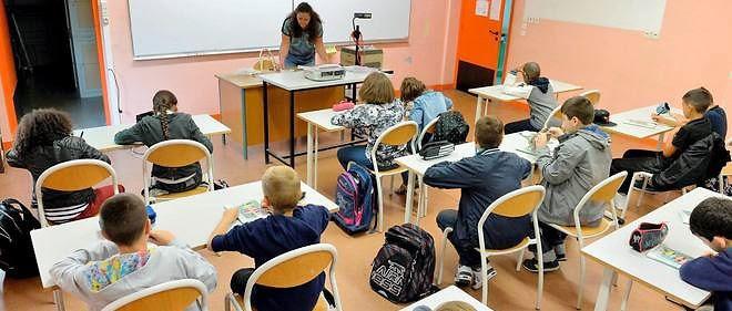 Le privé, via l'association des parents d'élèves Unapel, a d'abord largement soutenu la réforme, suscitant le malaise chez certains parents.