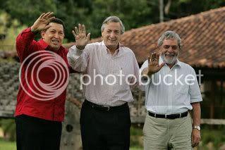 Chavez Kirc Lula141598.jpg