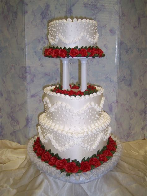 wedding cakes   heart shaped wedding cakes   instead of