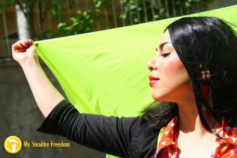 Iranianas protestam contra a estrita lei do hijab publicando fotos com a melena ao vento 18