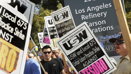USW reaches tentative contract with Shell
