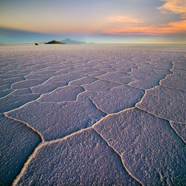 Salar de Uyuni (salt flat), Uyuni, Bolivia - Ignacio Palacios/www.tpoty.com