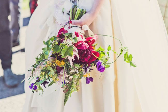 7-of-the-hottest-wedding-flower-trends-for-2015-clairepennphotography.com