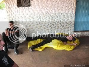 foto deitado no chão