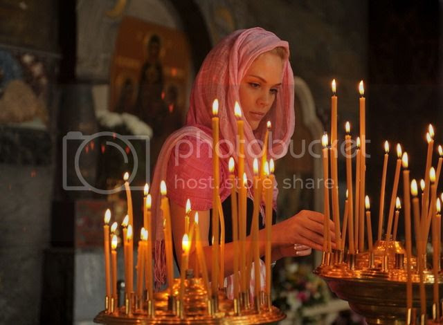 Αποτέλεσμα εικόνας για χριστιανη γυναικα