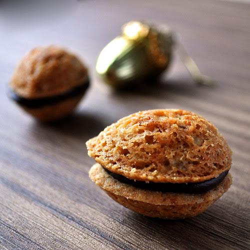 Walnut Shortbread Cookie