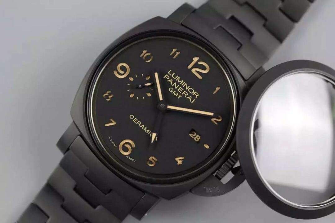 PAM 438 Sandwiched Dial