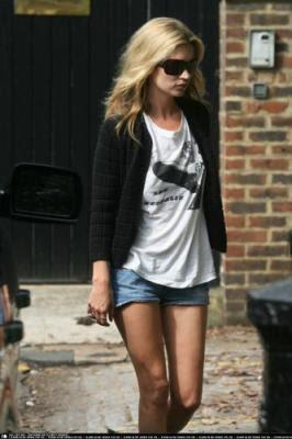 Kate Moss Look du jour - jeans et t-shirt
