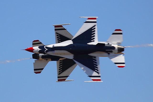 IMG_3046 Thunderbirds, Travis AFB Air Show, CA