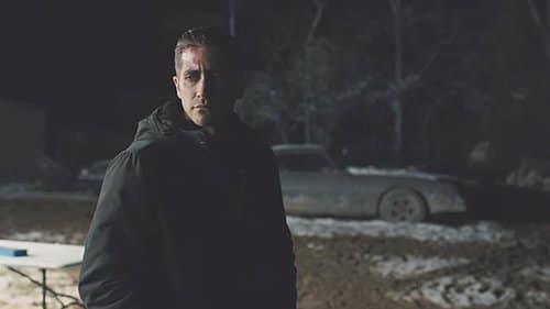 Ao investigar a casa de Holly, Loki ouve Dover soprando um apito encontrado no buraco.  O filme termina assim.