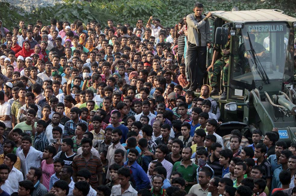 bangladesh_building_collapse_13.jpg