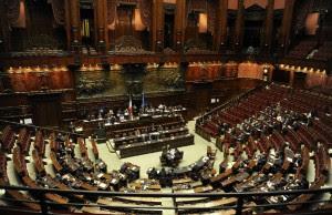 Indennità, cinquemila euro in meno  Tra i parlamentari scatta la rivolta