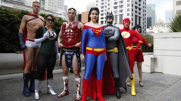 Cosplay Superheroes cambio de género