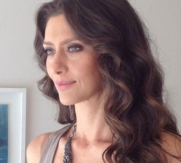 MULHER MADURA: MARIA FERNANDA DIZ QUE SE SENTE MAIS SEGURA HOJE (Foto: Reprodução/Instagram)