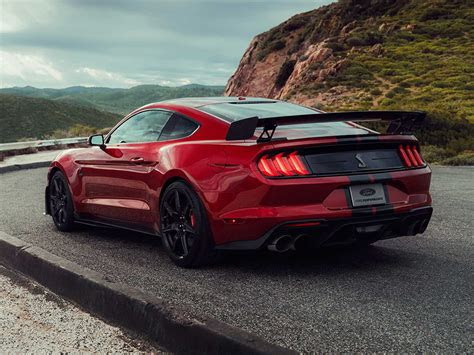 video  ford shelby gt debuts  detroit auto show