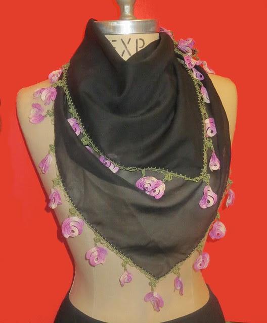 worn as neck scarf