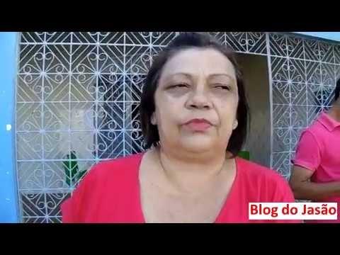 SINTE/RN: A dirigente sindical,Professora Egivânia ,fala aos servidores de João Câmara sobre o pagamento, após reunião com o prefeito Mauricio Caetano.