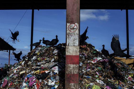 La Planta de Residuos Solidos Urbanos (RSU) reemplazo el antiguo vertedero de La Chureca, el mayor a cielo abierto de America Latina.