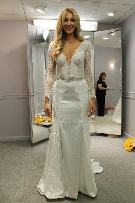 Season 14 Featured Dress: Pnina Tornai. Long sleeved, lace