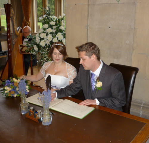 Tom and Nicola Goldstraw sign the marriage register 23rd January 2010