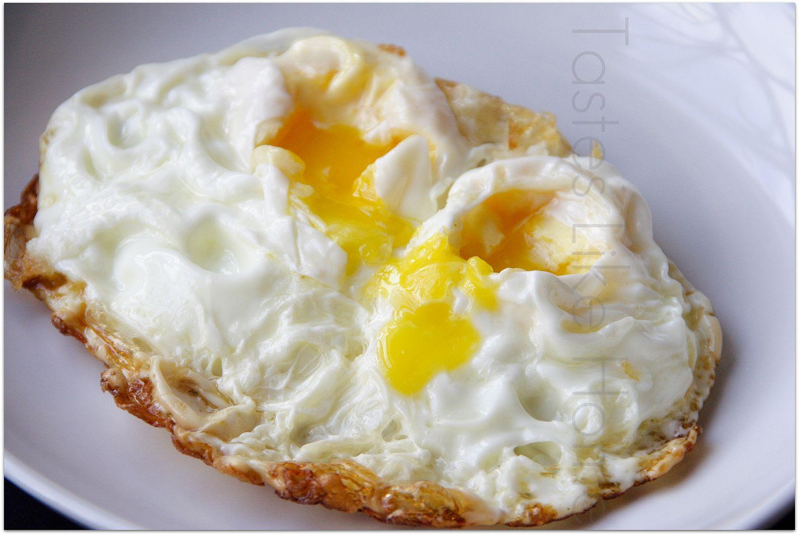 tastes like home: Crispy Fried Eggs