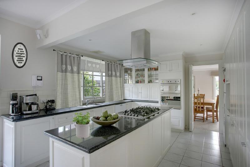 Dekoracja Okna W Kuchni Aranżacje I Inspiracje Blog Villadecor