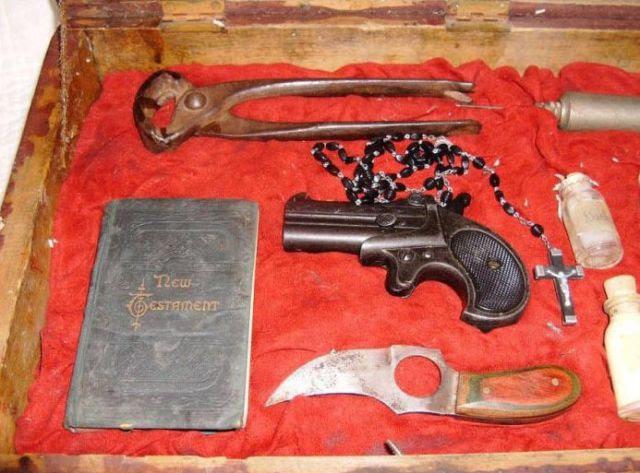 Real Vintage Vampire Killing Kits
