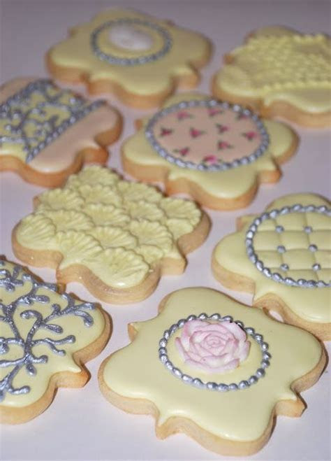 838 best Engagement and Wedding Cookie Ideas images on
