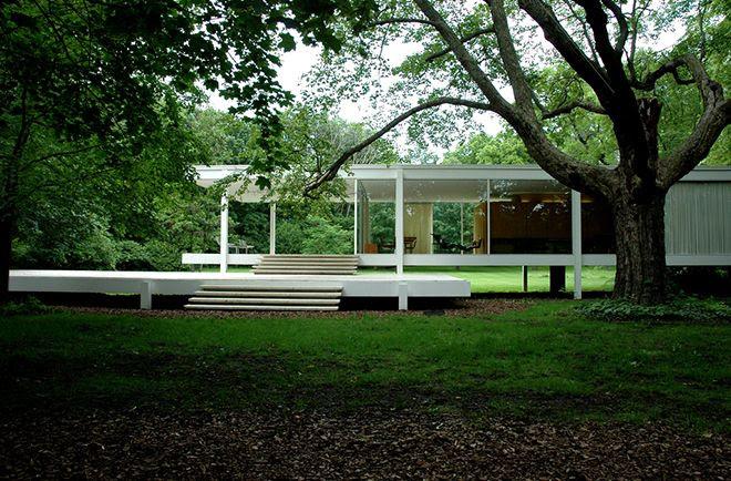 Farnsworth House by Mies van der Rohe, Plano, Illinois