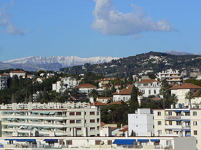 la montagne enneigée, beau temps sur Cannes après la neige.jpg