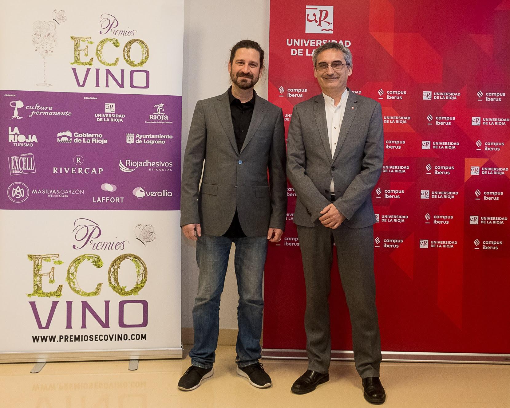 Iñigo Crespo (secretario general de Premios Ecovino) y Julio Rubio (rector de la Universidad de La Rioja)