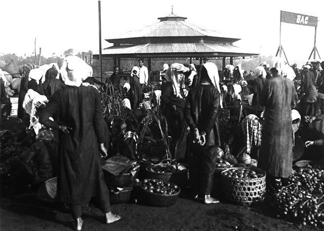 VIETNAM 1920-30, Photo by Charles Peyrin (40) - Bến đò chợ Thủ Dầu Một