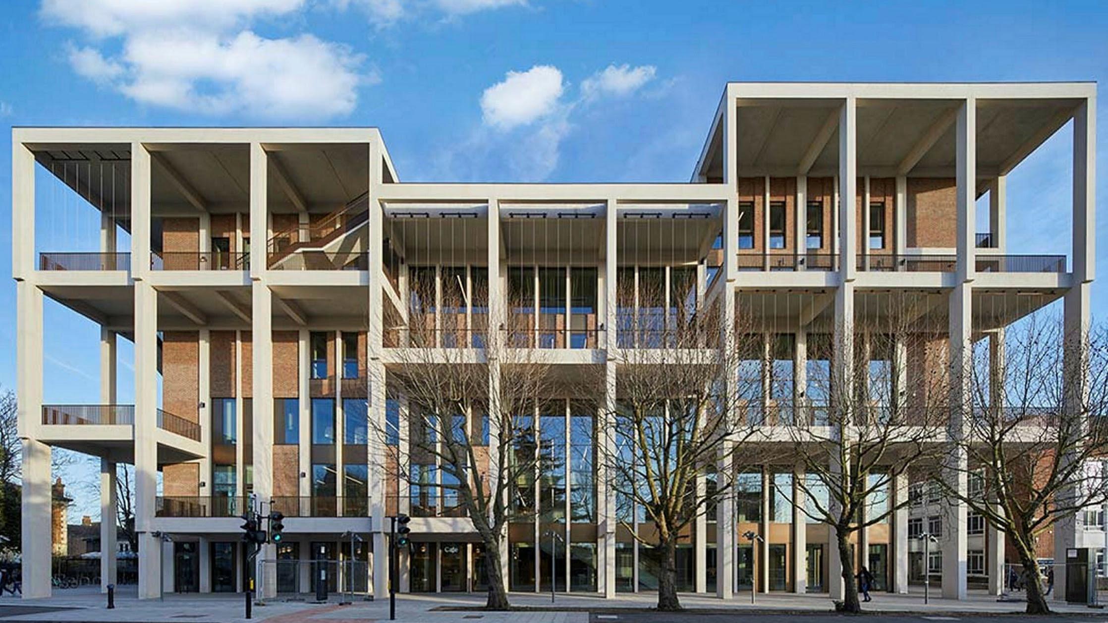 Kingston University Townhouse wins 2021 Stirling architecture prize