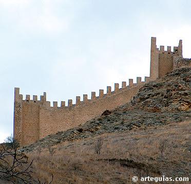 Tramo de las murallas de Albarracín