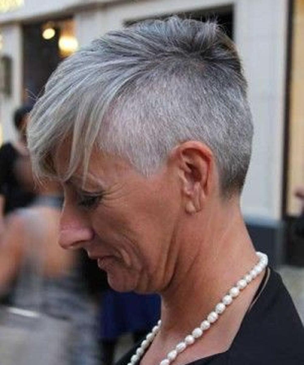 Poyzunivy Style: Short Hairstyles For Over 50 Ladies