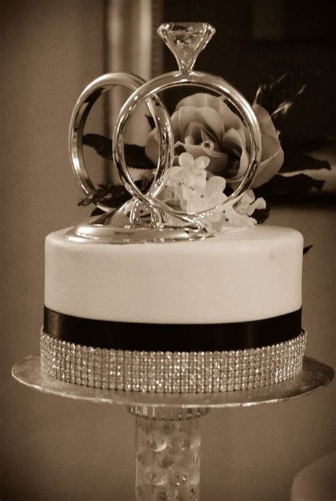 Wedding cake toppers, Wedding and Cakes on Pinterest