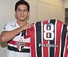 Ganso assina contrato com  o São Paulo (Rubens Chiri / saopaulofc.net)