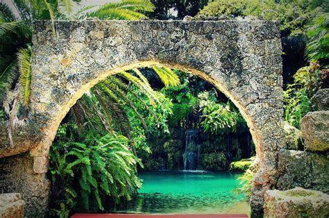Secret Gardens   Partyspace