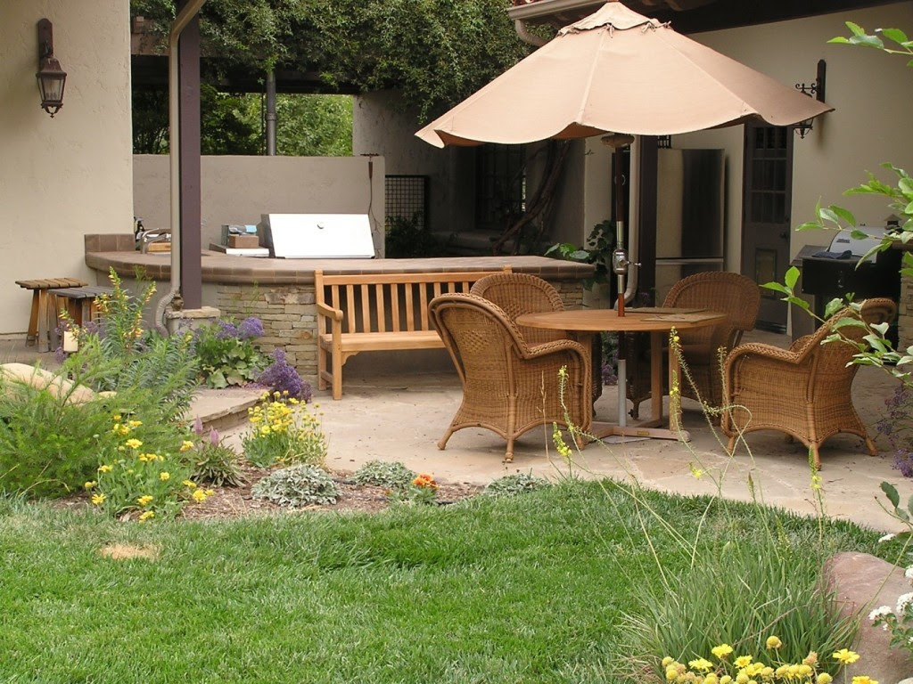 Top 44 Small Patiogarden Ideas