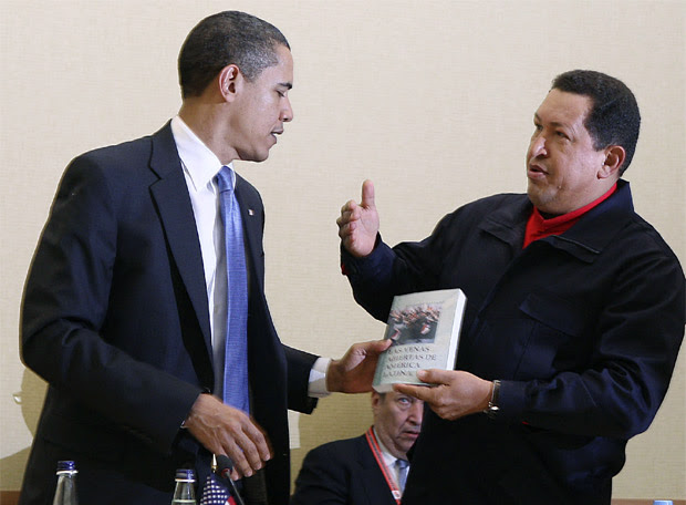 V Cumbre de las Américas - Chávez regala a Obama 'Las venas abiertas de América Latina', de Eduardo Galeano