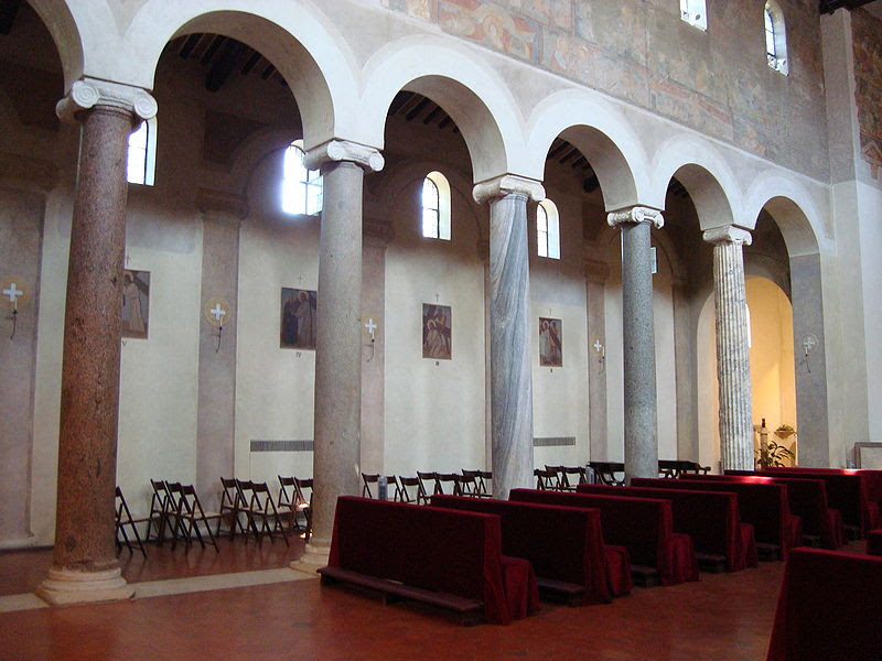 File: Colonnes église San Giovanni a Porta Latina.JPG