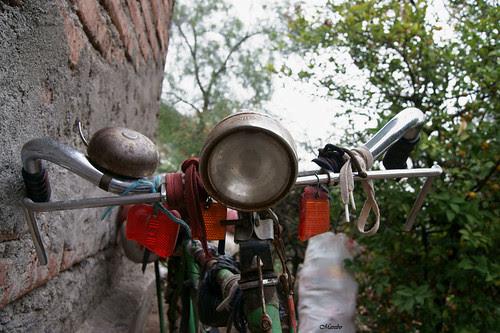 Bicicleta de mil batallas by Alejandro Bonilla