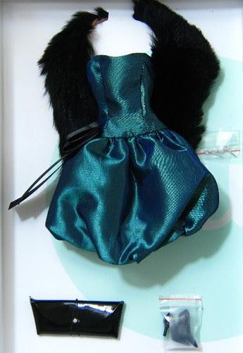 Fashion 5 with dark vintage fur