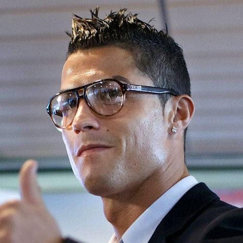 Cristiano Ronaldo Haircut  Men's Haircuts + Hairstyles 2017
