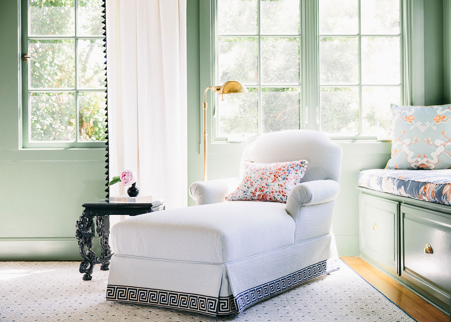 The New Traditionalist - Home Tours 2014 - Lonny